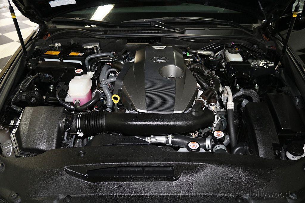 2017 Lexus IS  - 17785537 - 36