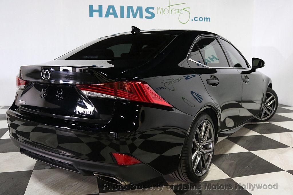 2017 Lexus IS  - 17785537 - 6