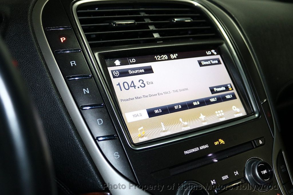 2017 Lincoln MKX Reserve FWD - 18146709 - 23