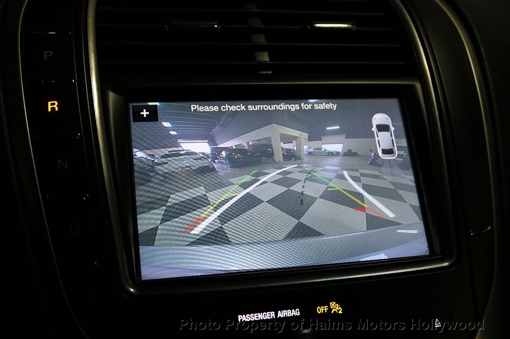2017 Lincoln MKX Reserve FWD - 18146709 - 33