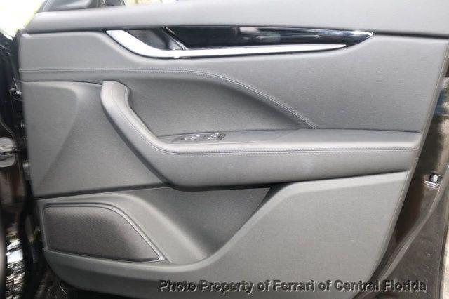 2017 Maserati Levante 3.0L - 16465677 - 31