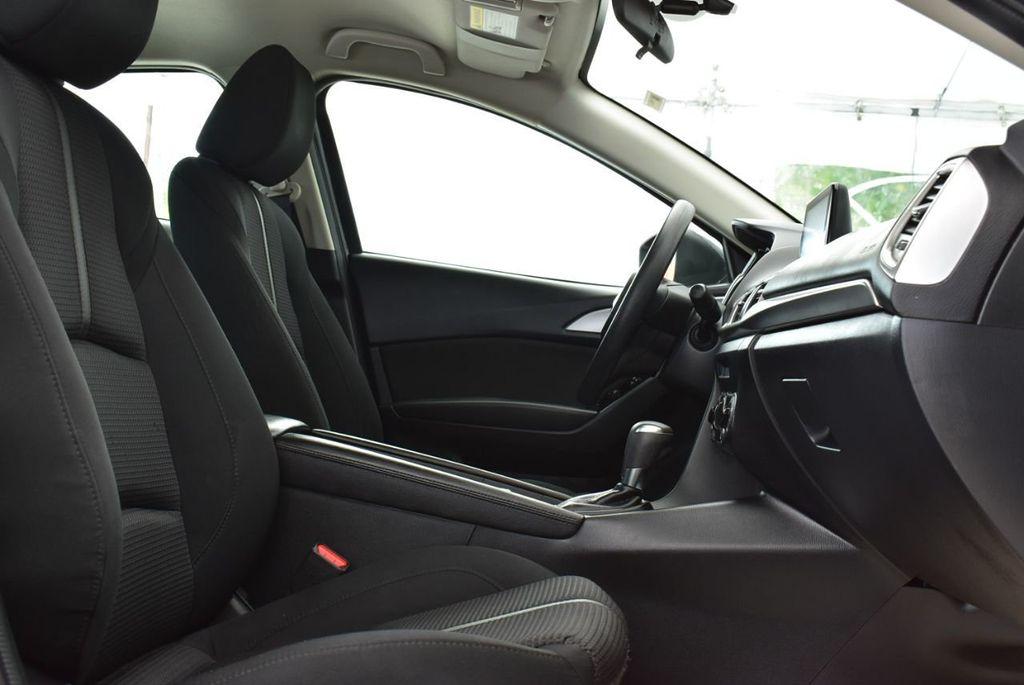 2017 Mazda Mazda3 4-Door  - 18692981 - 14