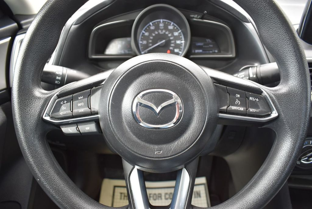 2017 Mazda Mazda3 4-Door  - 18692981 - 19