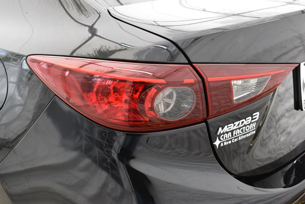 2017 Mazda Mazda3 4-Door  - 18692981 - 4
