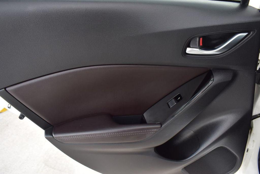 2017 Mazda Mazda3 4-Door Grand Touring Automatic - 18436053 - 13