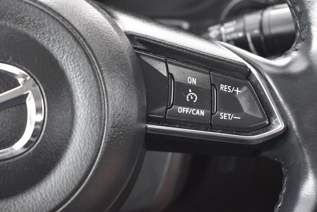 2017 Mazda Mazda3 4-Door Grand Touring Automatic - 18436053 - 18