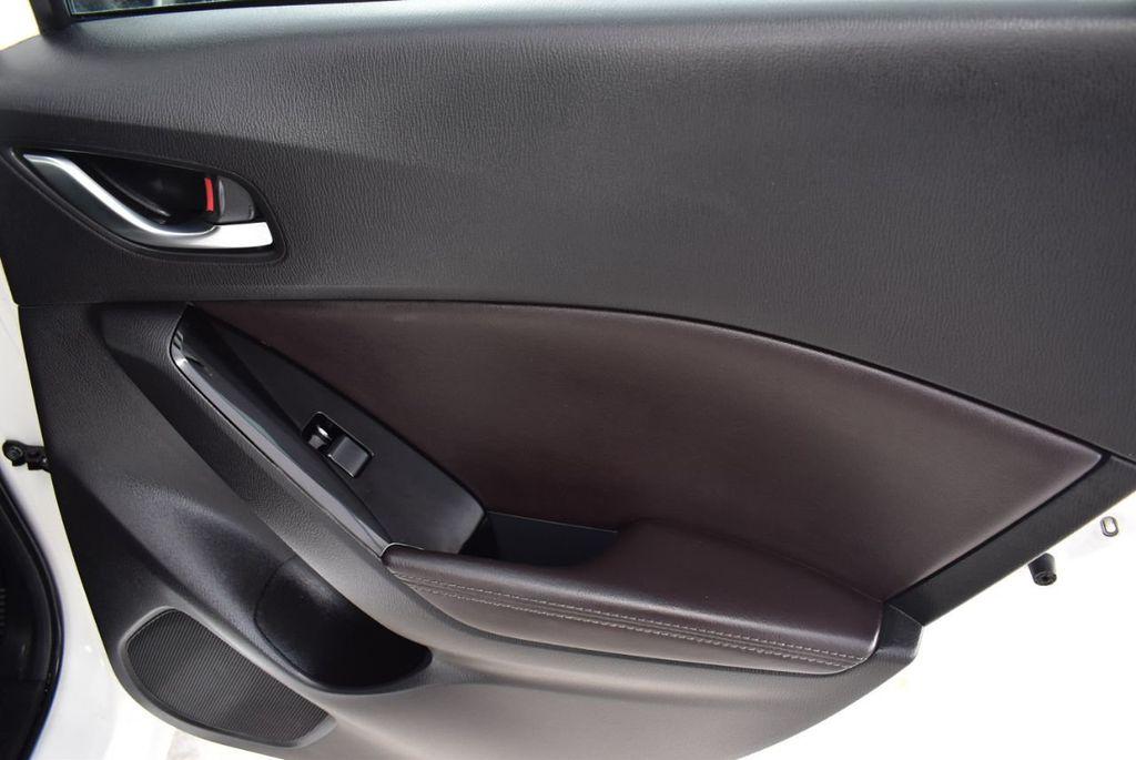 2017 Mazda Mazda3 4-Door Grand Touring Automatic - 18436053 - 23