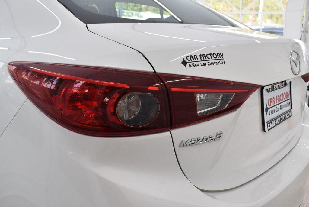 2017 Mazda Mazda3 4-Door Grand Touring Automatic - 18436053 - 6