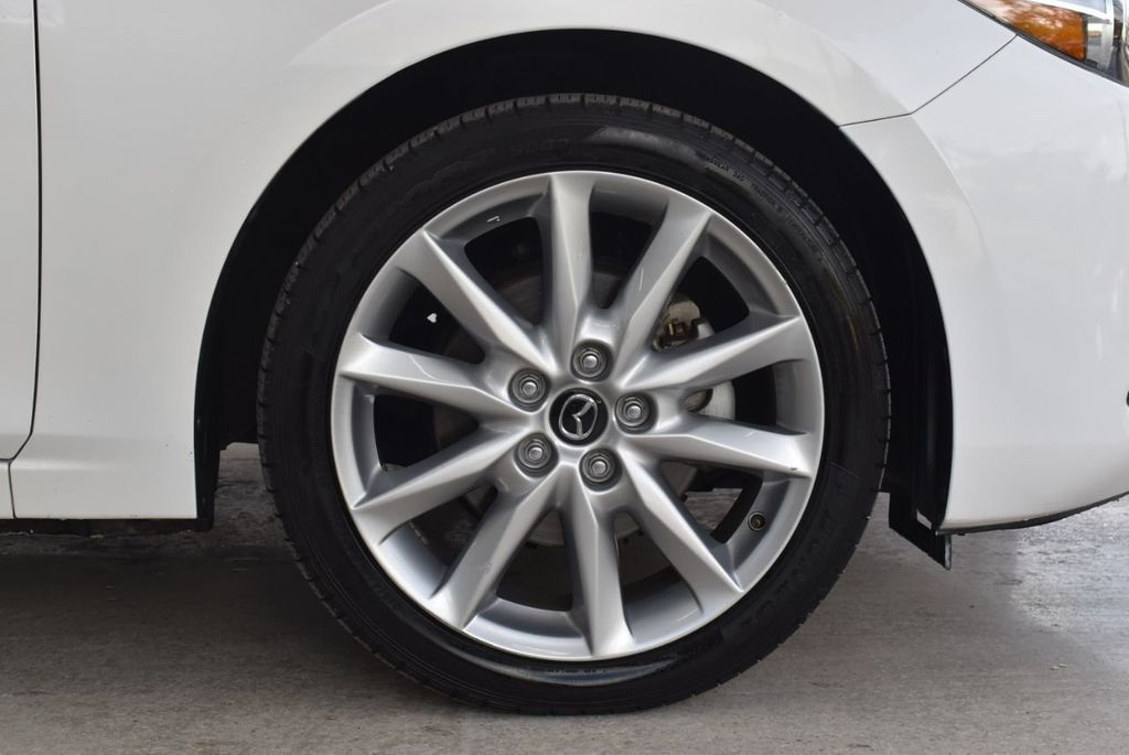 2017 Mazda Mazda3 4-Door Grand Touring Automatic - 18436053 - 8