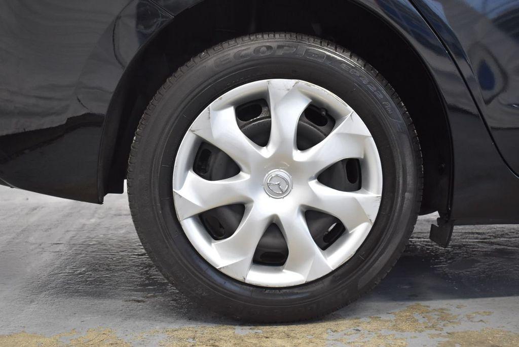 2017 Mazda Mazda3 4-Door Sport Automatic - 18423315 - 9