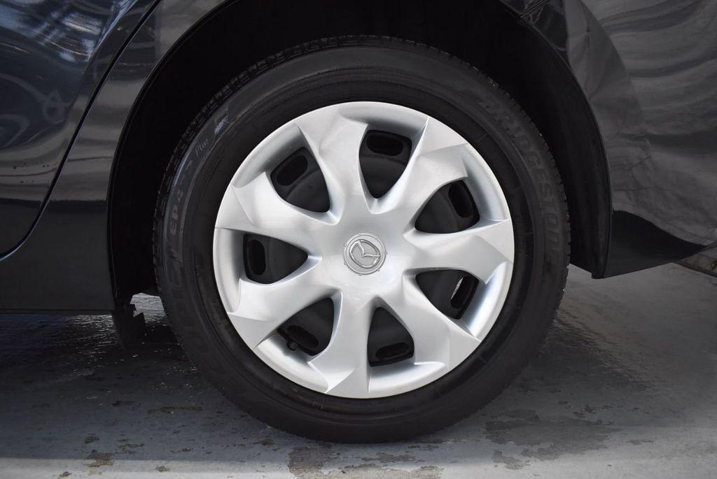 2017 Mazda Mazda3 4-Door Sport Automatic - 18423315 - 10