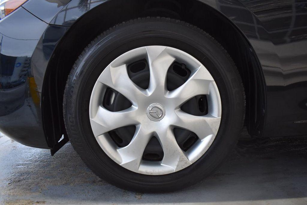 2017 Mazda Mazda3 4-Door Sport Automatic - 18423315 - 11