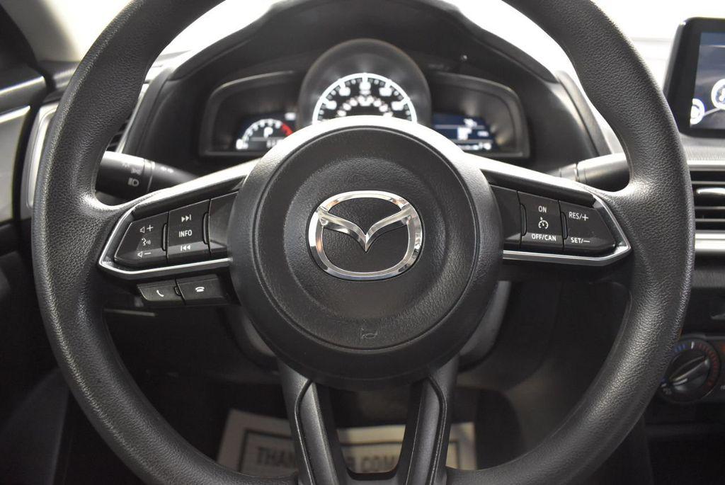 2017 Mazda Mazda3 4-Door Sport Automatic - 18423315 - 17