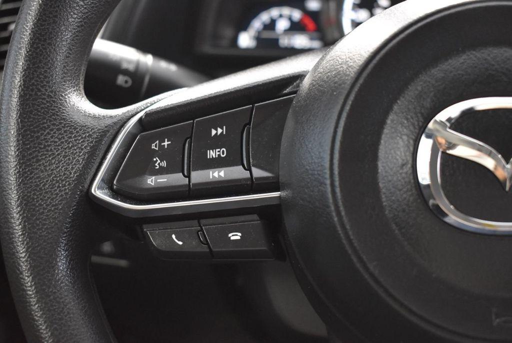 2017 Mazda Mazda3 4-Door Sport Automatic - 18423315 - 19