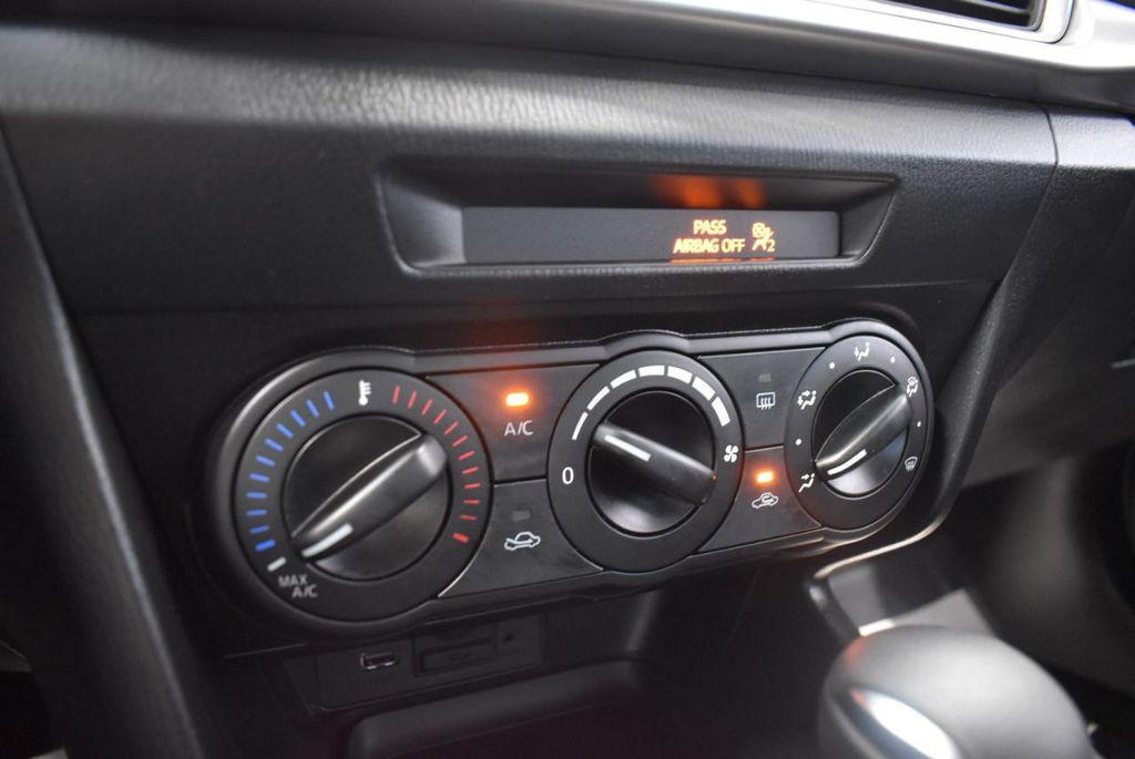 2017 Mazda Mazda3 4-Door Sport Automatic - 18423315 - 21