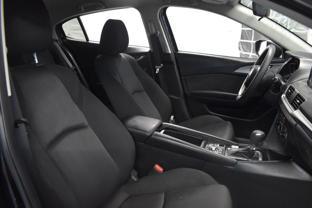 2017 Mazda Mazda3 4-Door Sport Automatic - 18423315 - 26