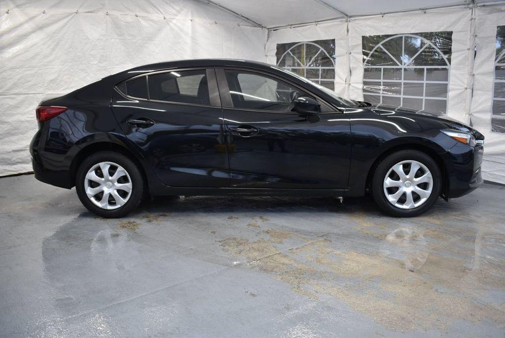 2017 Mazda Mazda3 4-Door Sport Automatic - 18423315 - 2