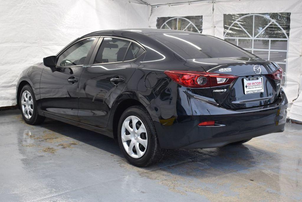 2017 Mazda Mazda3 4-Door Sport Automatic - 18423315 - 5