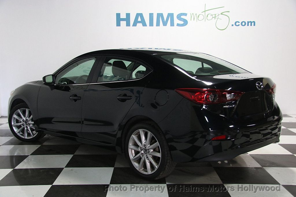 2017 Mazda Mazda3 4-Door Touring Automatic - 16928618 - 4