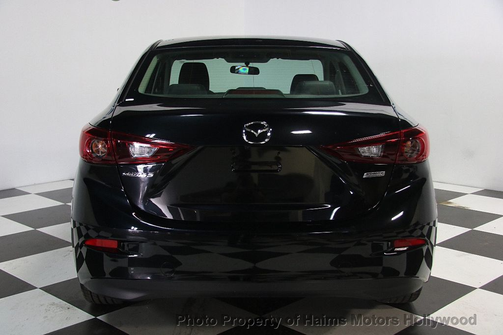 2017 Mazda Mazda3 4-Door Touring Automatic - 16928618 - 5