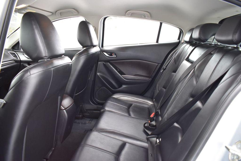 2017 Mazda Mazda3 5-Door Sport Automatic - 18336092 - 12