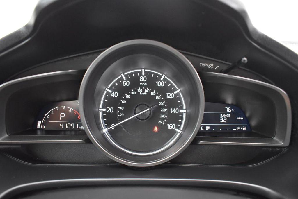 2017 Mazda Mazda3 5-Door Sport Automatic - 18336092 - 16