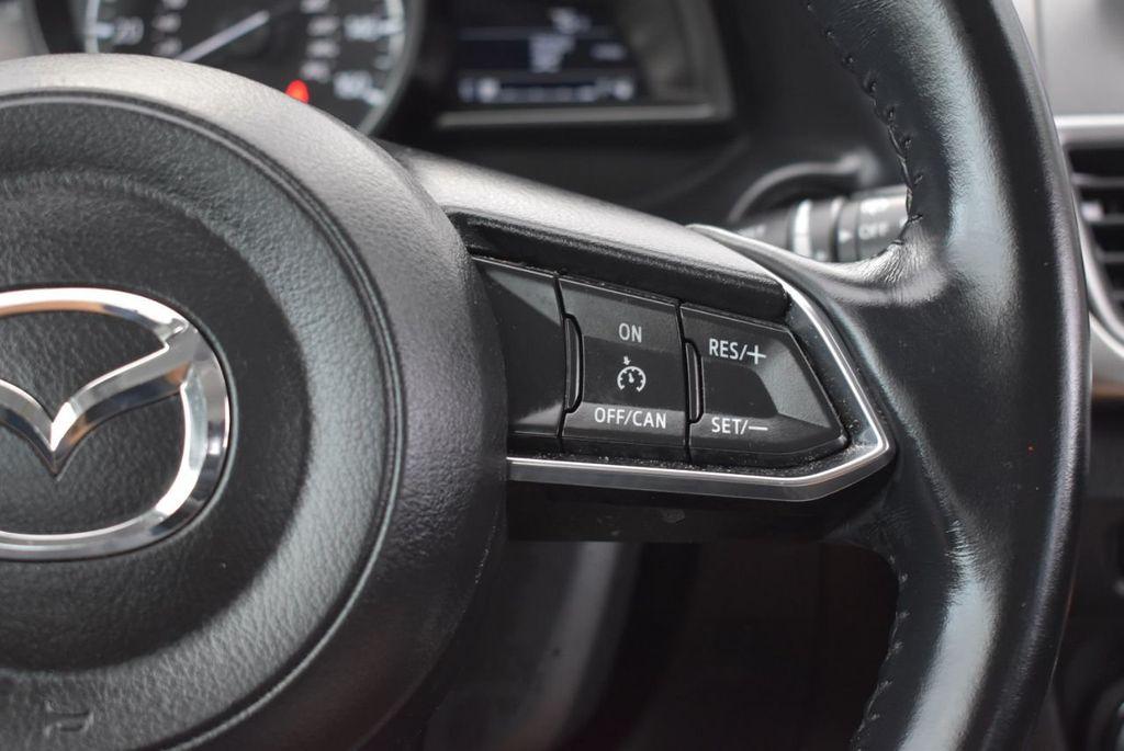 2017 Mazda Mazda3 5-Door Sport Automatic - 18336092 - 18