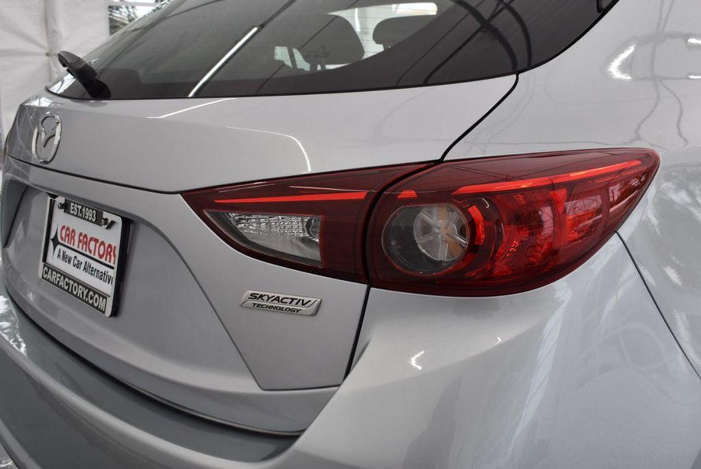 2017 Mazda Mazda3 5-Door Sport Automatic - 18336092 - 1