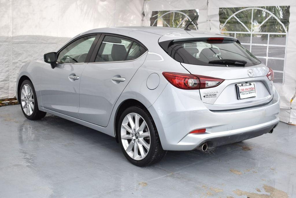 2017 Mazda Mazda3 5-Door Sport Automatic - 18336092 - 5