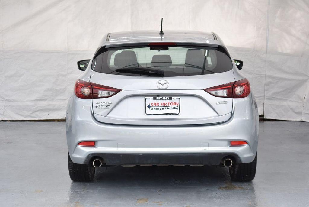 2017 Mazda Mazda3 5-Door Sport Automatic - 18336092 - 7