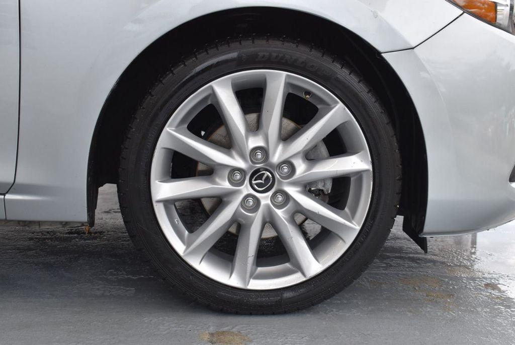 2017 Mazda Mazda3 5-Door Sport Automatic - 18336092 - 8