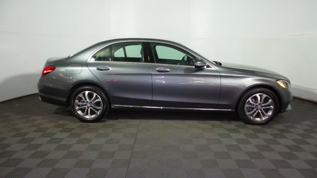 2017 Mercedes-Benz C-Class C 300 4MATIC Sedan - 16072876 - 12