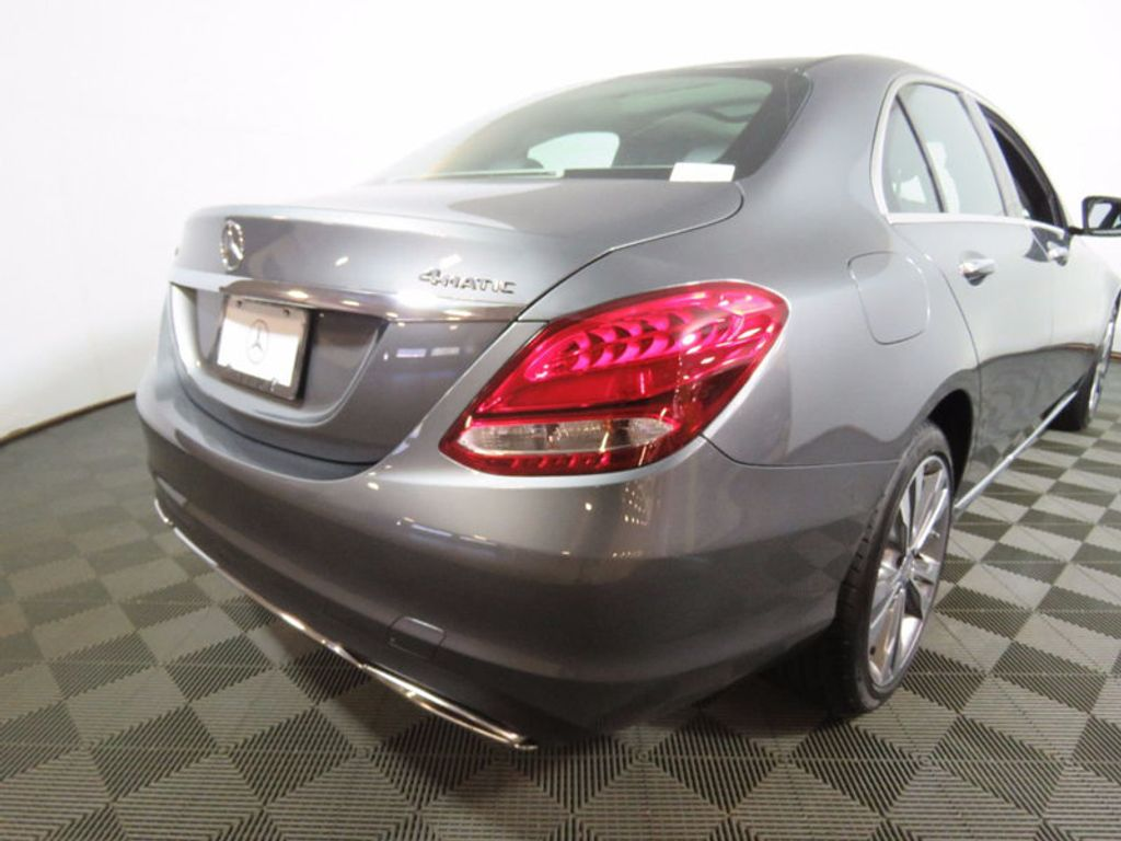 2017 Mercedes-Benz C-Class C 300 4MATIC Sedan - 16214973 - 10