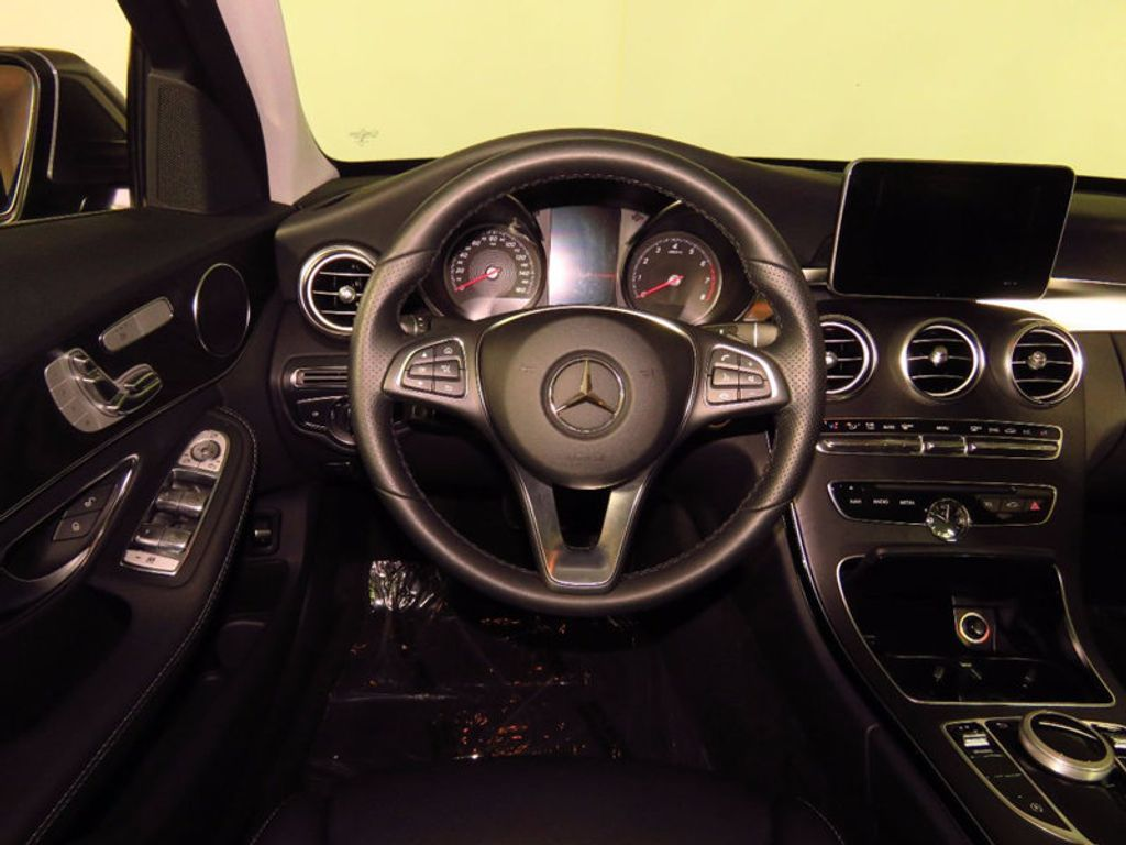 2017 Mercedes-Benz C-Class C 300 4MATIC Sedan - 16214973 - 22