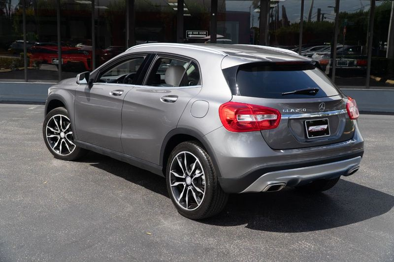 2017 Mercedes-Benz GLA GLA 250 SUV - Click to see full-size photo viewer