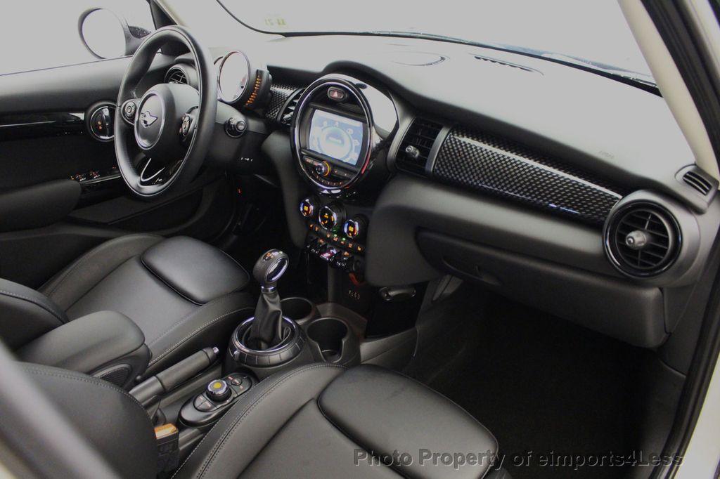 2017 MINI Cooper S Hardtop 4 Door CERTIFIED COOPER S 4 DOOR  - 18051519 - 34
