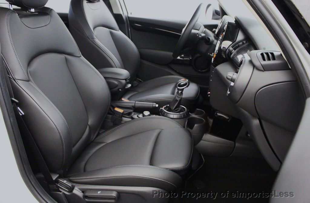 2017 MINI Cooper S Hardtop 4 Door CERTIFIED COOPER S 4 DOOR  - 18051519 - 48