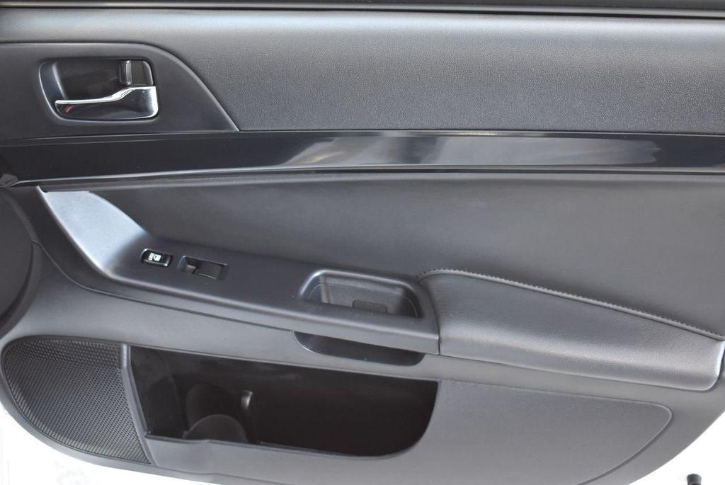 2017 Mitsubishi Lancer  - 18546141 - 25