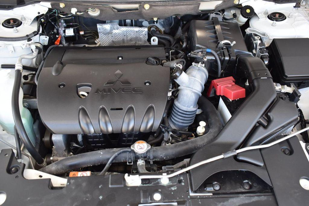 2017 Mitsubishi Lancer  - 18546141 - 27