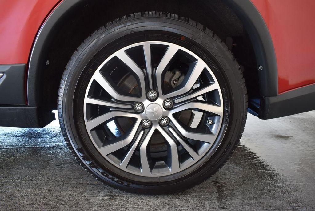 2017 Mitsubishi Outlander ES FWD - 18242320 - 10