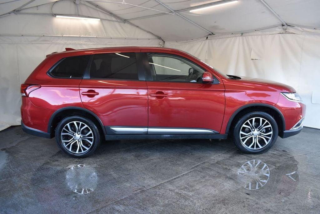 2017 Mitsubishi Outlander ES FWD - 18242320 - 2