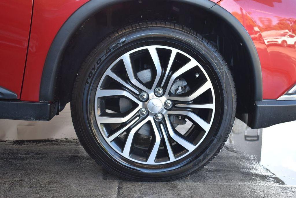 2017 Mitsubishi Outlander ES FWD - 18242320 - 8