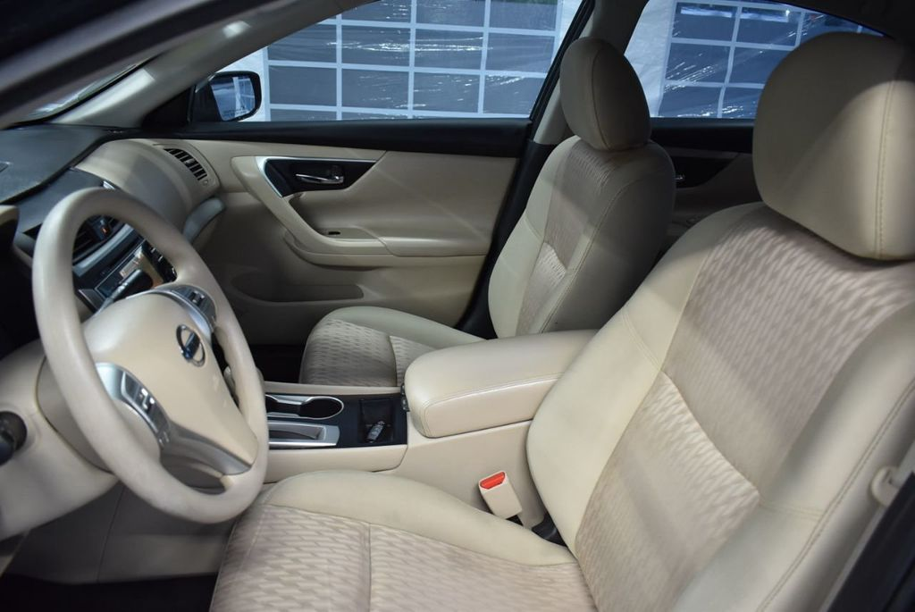 2017 Nissan Altima 2.5 - 18250848 - 12