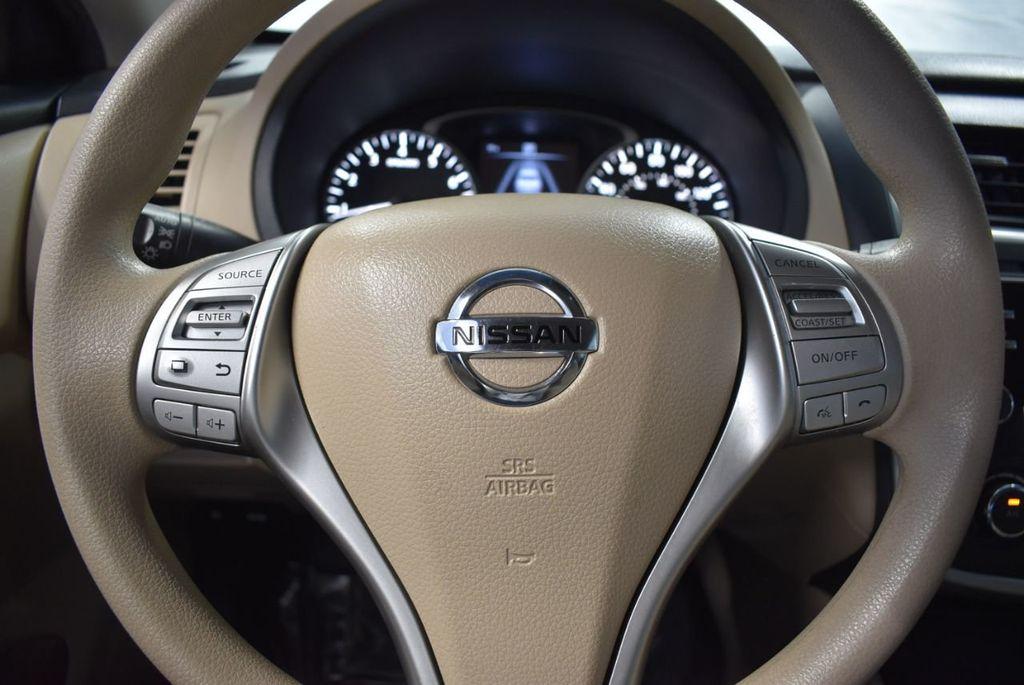 2017 Nissan Altima 2.5 - 18250848 - 15