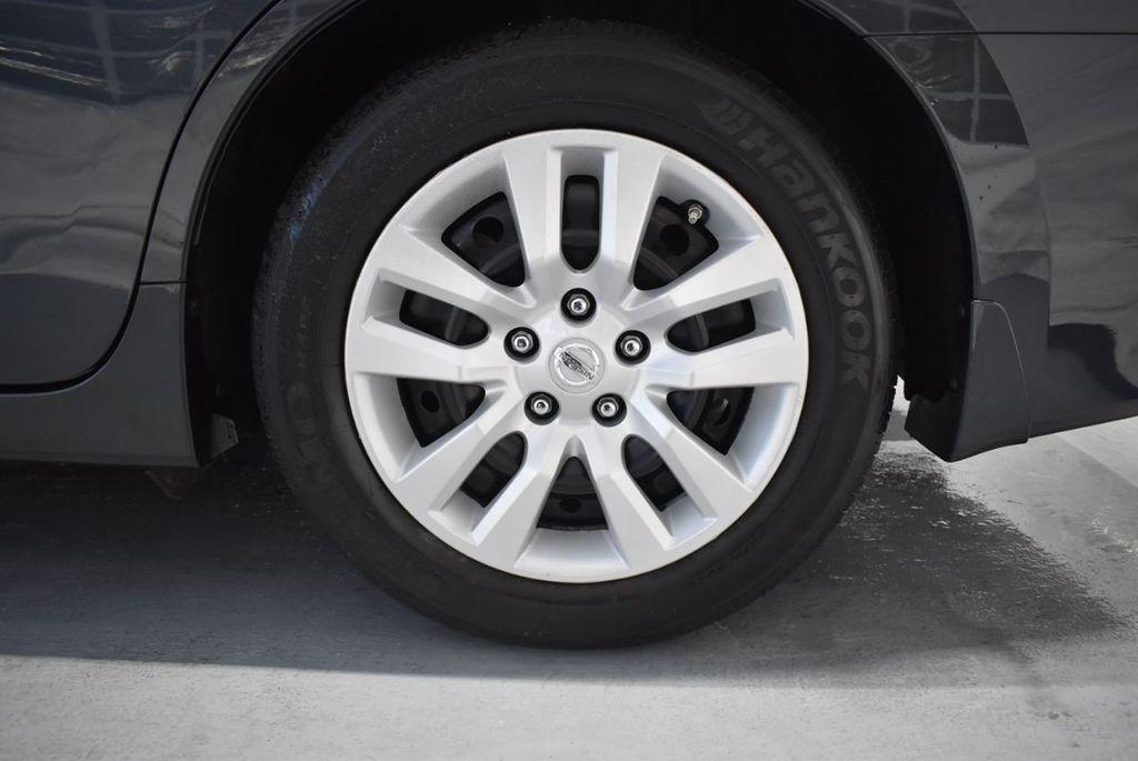 2017 Nissan Altima 2.5 - 18250848 - 8