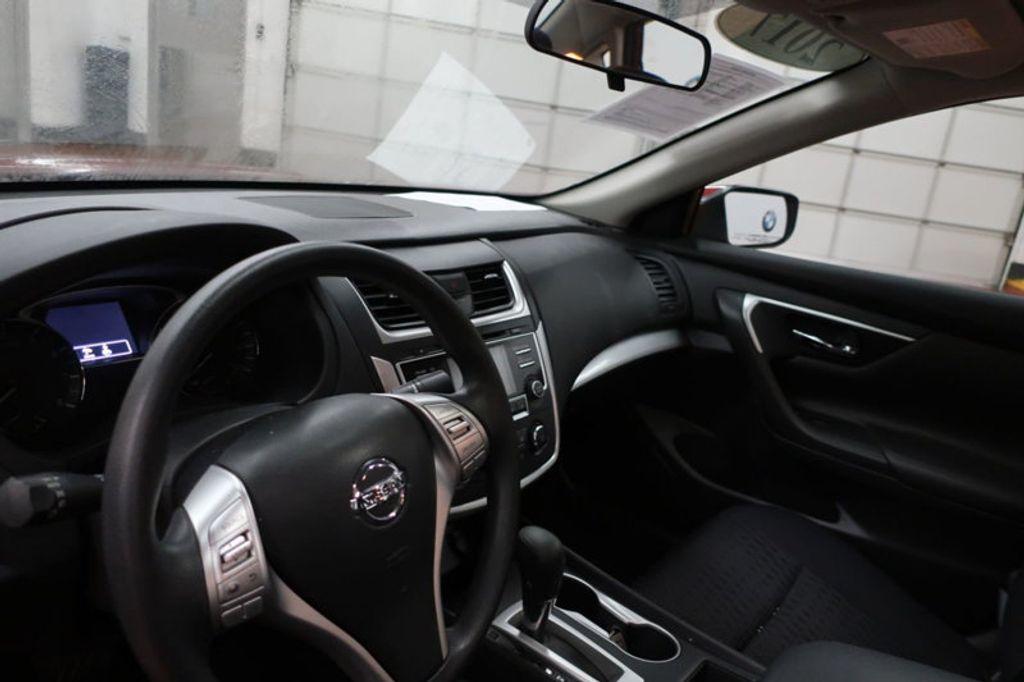 2017 Nissan Altima 2.5; 2.5 S; 2.5 SL; 2.5 SV - 16941365 - 24