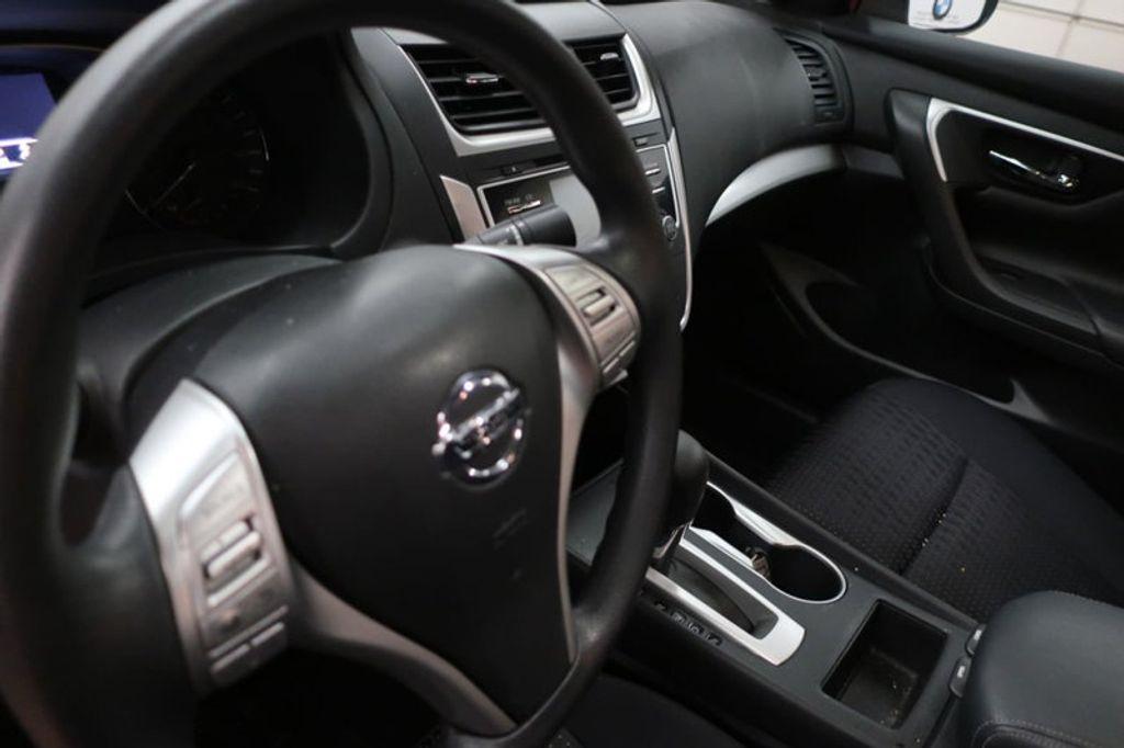 2017 Nissan Altima 2.5; 2.5 S; 2.5 SL; 2.5 SV - 16941365 - 25