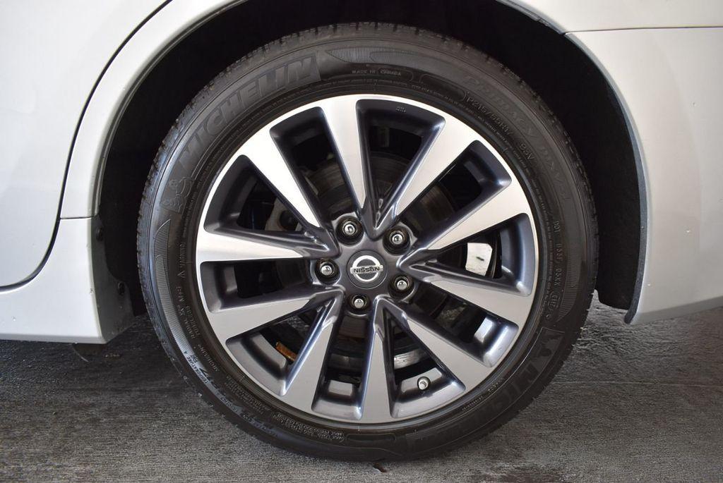 2017 Nissan Altima 2.5 S - 17958516 - 10