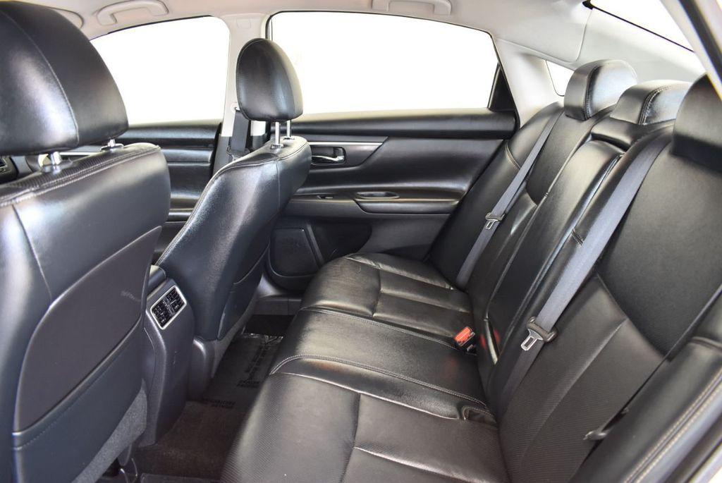 2017 Nissan Altima 2.5 S - 17958516 - 14