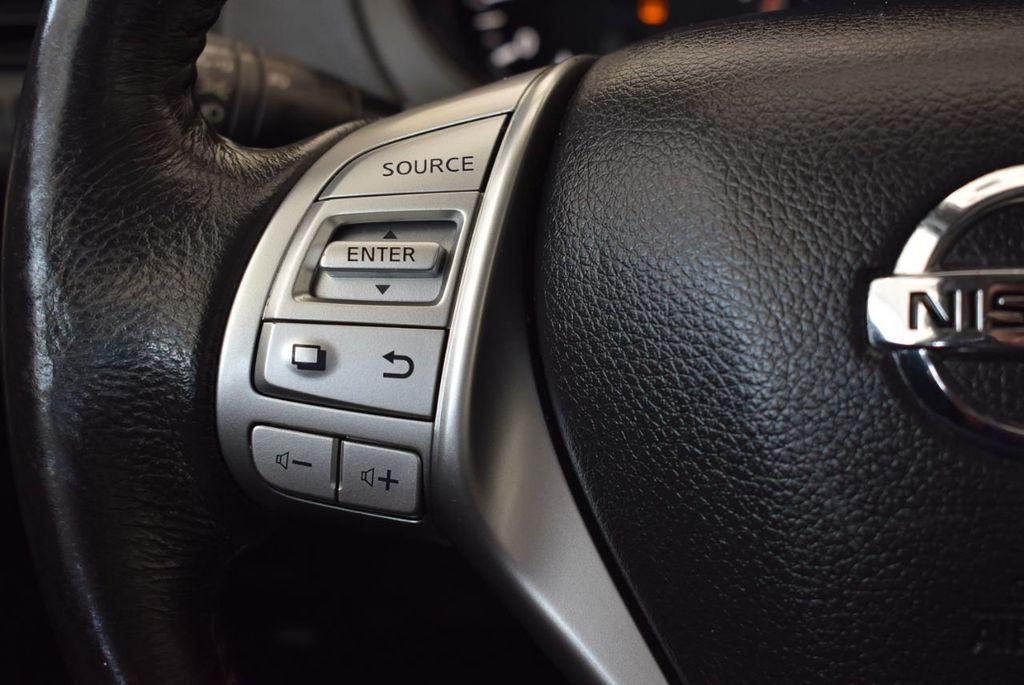 2017 Nissan Altima 2.5 S - 17958516 - 19